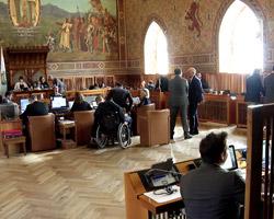 """Consiglio: scoppia il caso dei bilanci """"falsificati"""""""