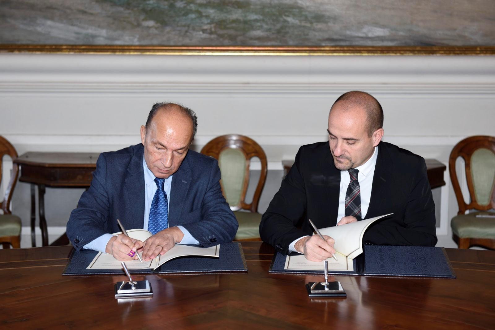 d2ca57218ec7e Sanità  firmato l accordo tra San Marino e la Regione Emilia-Romagna ...