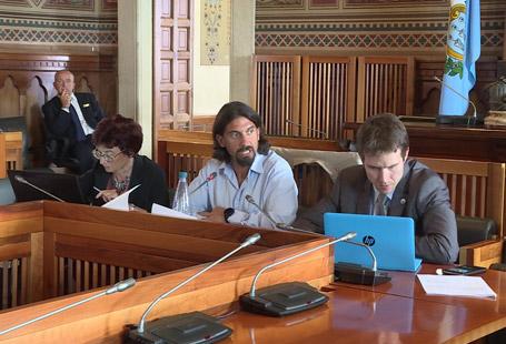 Commissione finanze in seduta segreta per audire Roberto Moretti