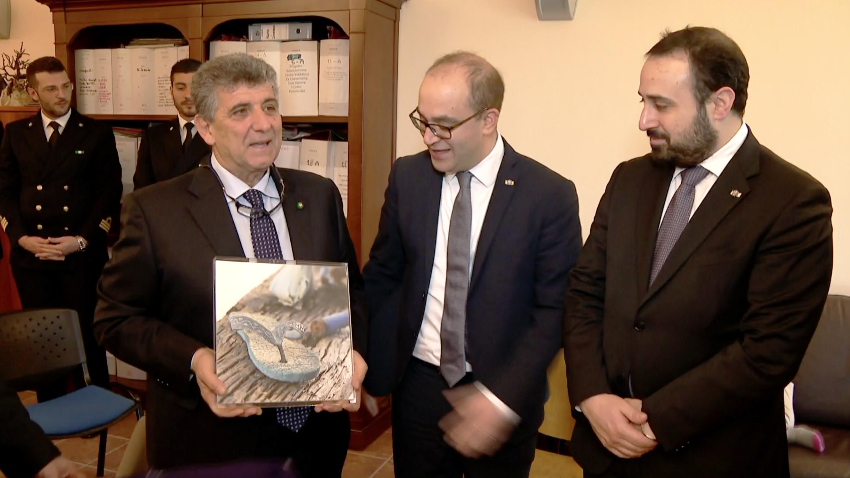 Dai Reggenti un dono per Lampedusa firmato Geminiani