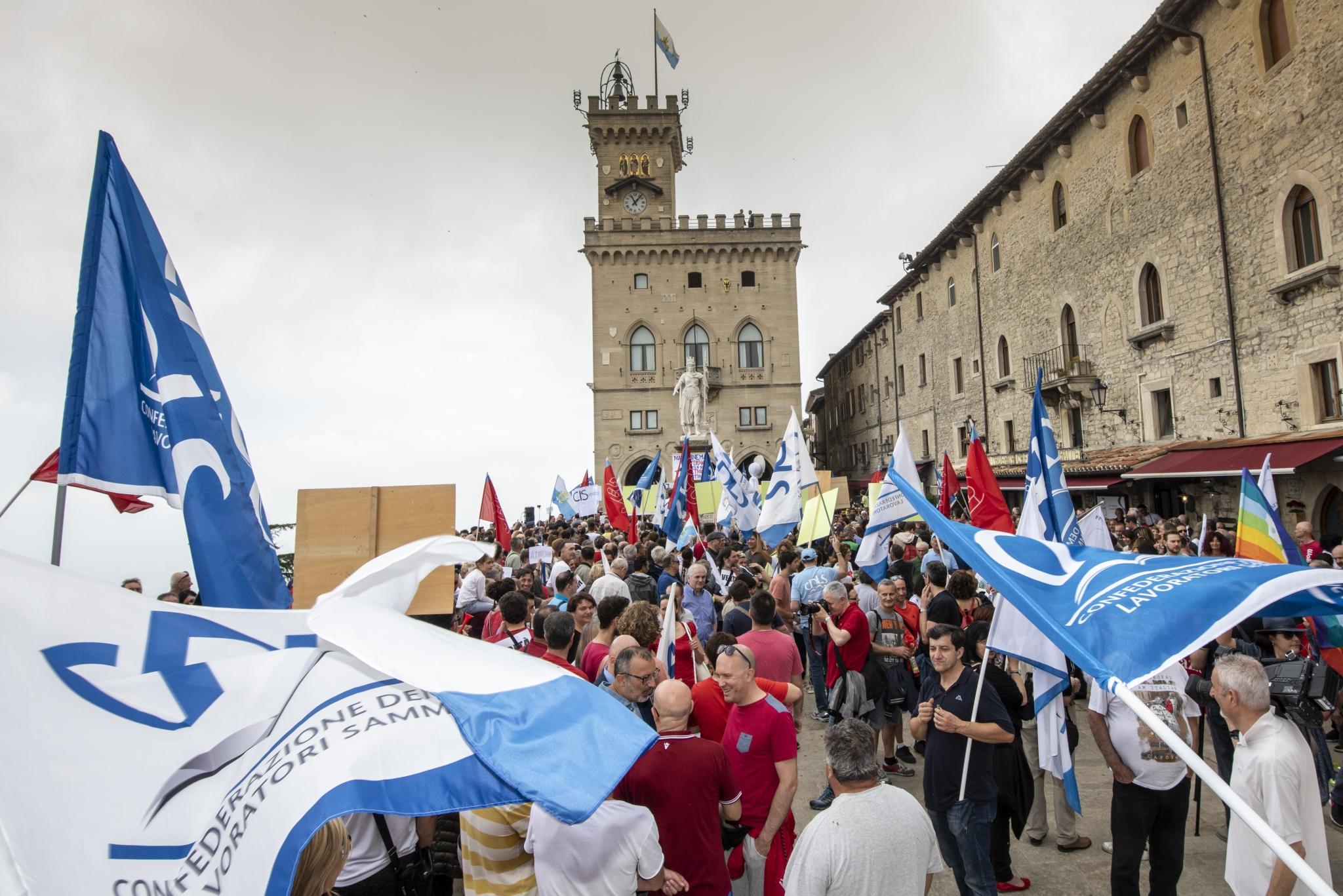 Confronto dopo lo sciopero: dalla maggioranza comunicato mistificatorio