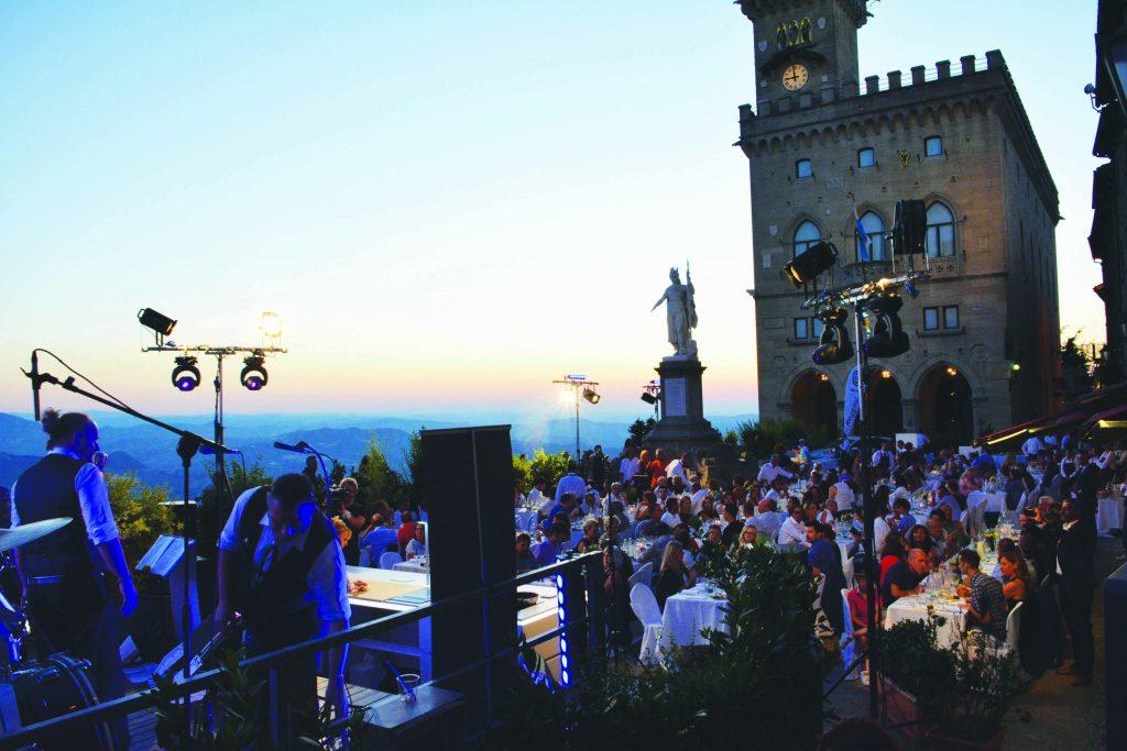 Summer party: venerdì 22 giugno su piazza della Libertà