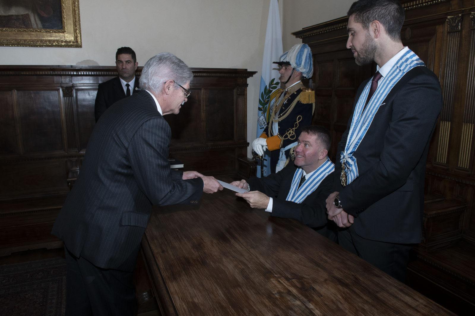 L'ambasciatore spagnolo Alfonso Dastis ha presentato le lettere credenziali